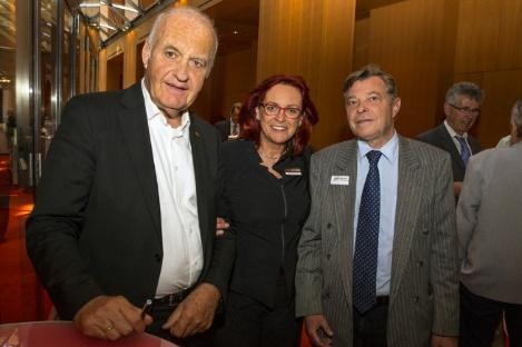 Prof. Götz Werner (dm Drogoriemarkt), Birgit Zoschnik (BVMW Berlin Süd) und Bernd Jaenicke (Unternehmensberater und Wirtschaftsjournalist). Bildquelle: Foto König